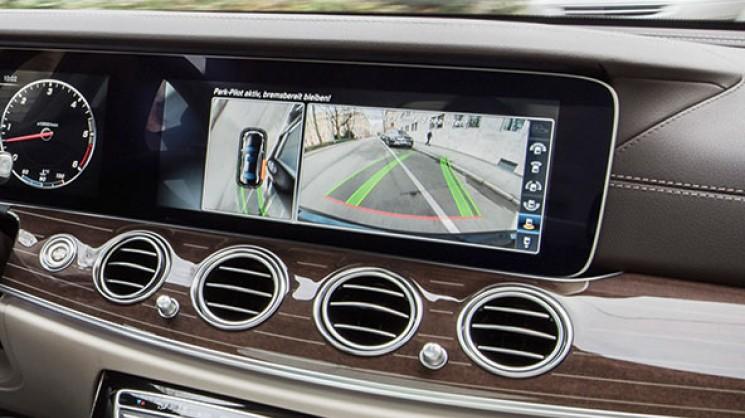Работа камеры заднего обзора Mercedes W213