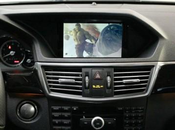 Просмотр видео в движении и воспроизведение MP3