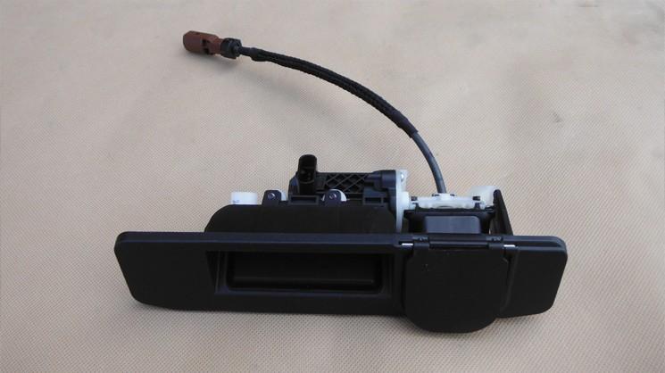 Ручка с камерой и грязезащитной шторкой <br />на Mercedes ML W166 / GL X166
