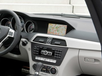 GPS навигация для Mercedes-Benz C-Сlass (W204)