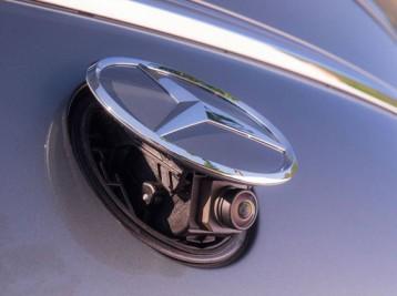 Камера заднего обзора Mercedes