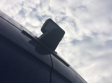 Установка камеры заднего обзора Mercedes