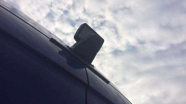 Установка камеры заднего обзора на Mercedes